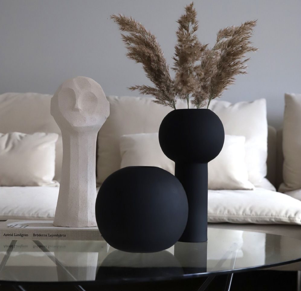 COOEE - PILLAR VASE BLACK